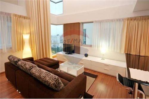 The Rajdamri Condo for rent