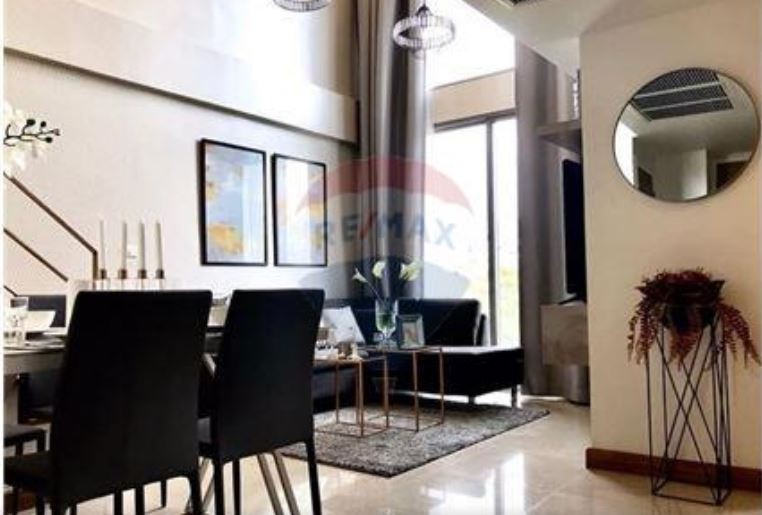for rent and sale Downtown Forty Nine condo