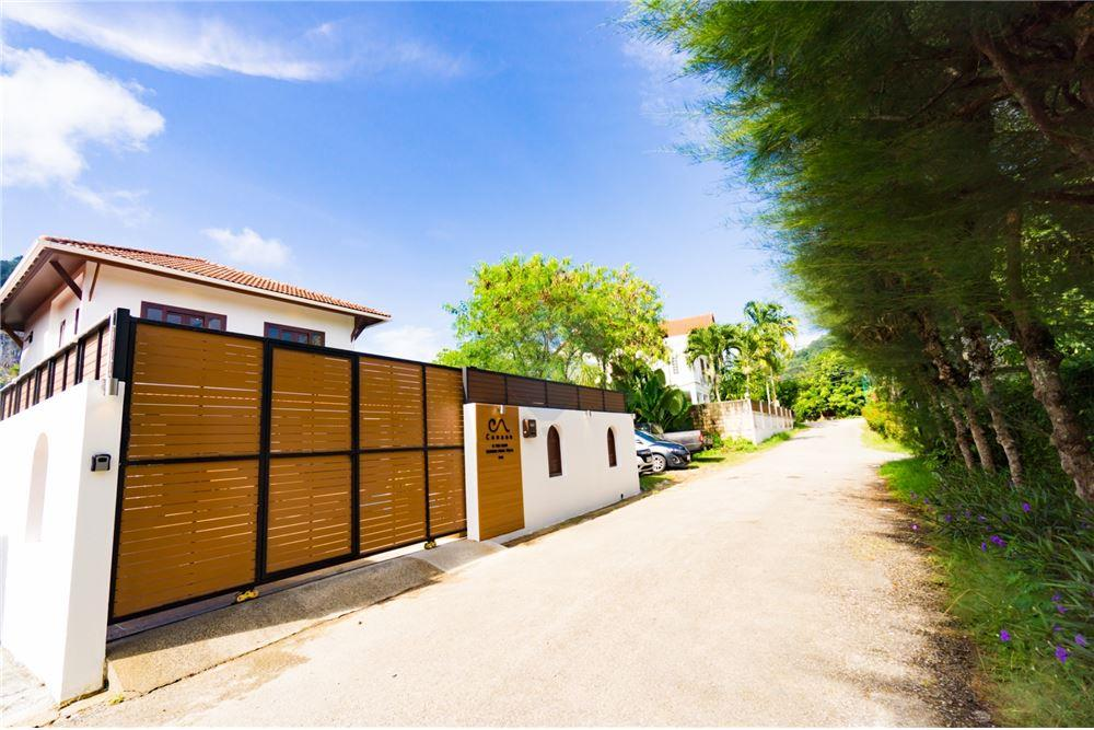 Second hand single house for sale villa