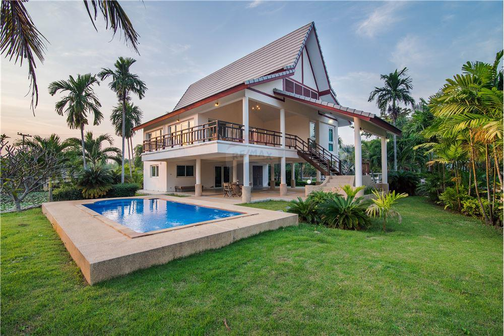 villa for sale in cha am
