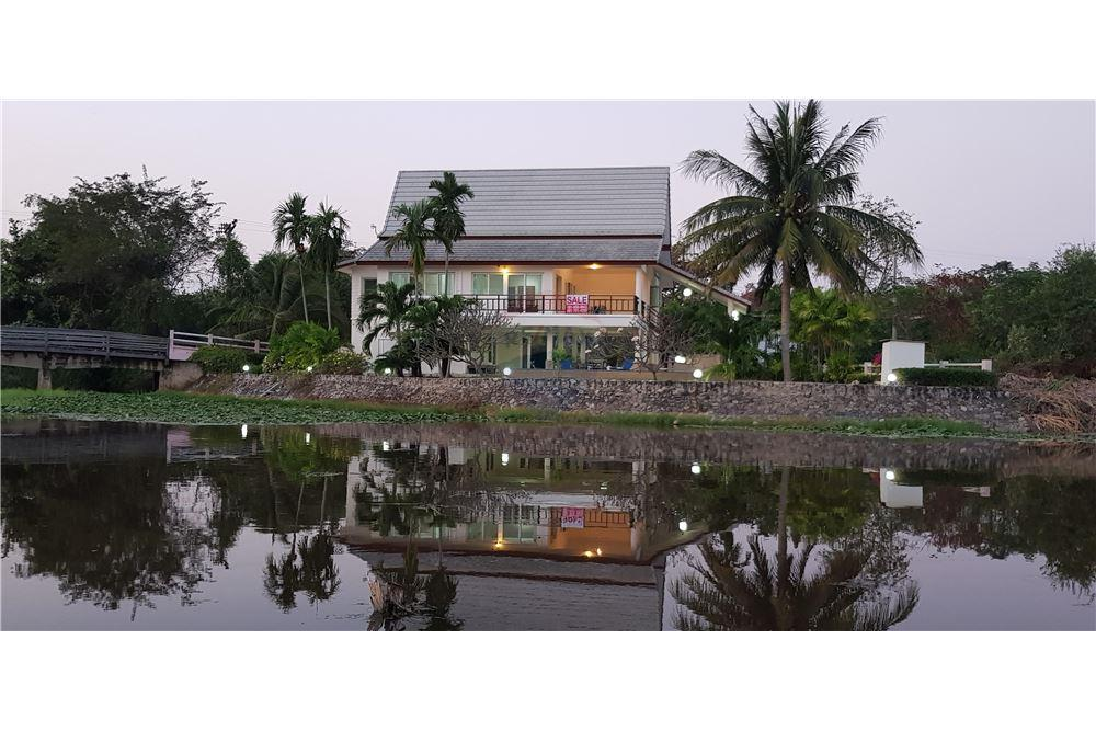 for sale villa in cha am