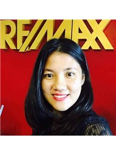 Franchise Owner  - Hongsiri Insiri - RE/MAX Island Real Estate