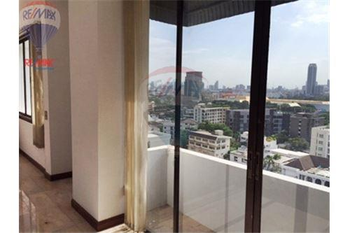 RE/MAX Properties Agency's FOR SALE  LA MAISON SUKHUMVIT 22  4BED 311SQM 16