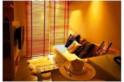 RE/MAX Properties Agency's RENT Click Condo Sukhumvit 65 1BED 35SQM. 2