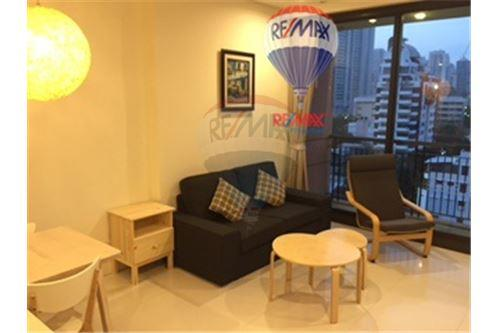 RE/MAX Properties Agency's Condo for Rent at Aguston Sukhumvit 22 1