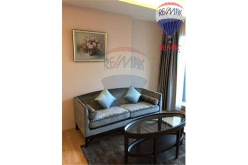 RE/MAX Properties Agency's FOR SALE  H SUKHUMVIT 43  1BED 47.25SQM 8