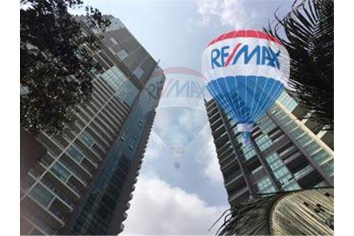 RE/MAX Properties Agency's FOR SALE  THE RIVER    2 BED 78SQM 34