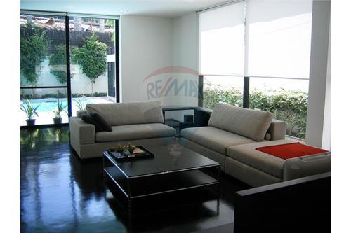 RE/MAX Executive Homes Agency's Modern Single House With Private Pool On Thonglor. 2