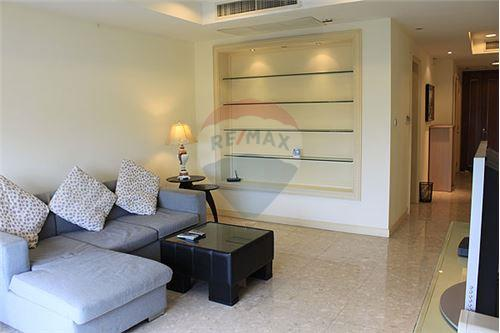 RE/MAX Executive Homes Agency's Beautiful 2 Bedroom for Rent Hampton Thonglor 2