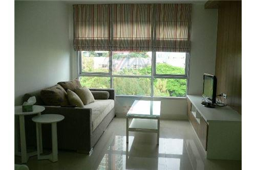 RE/MAX Executive Homes Agency's Spacious 1 Bedroom for Rent Condo One Thonglor 1