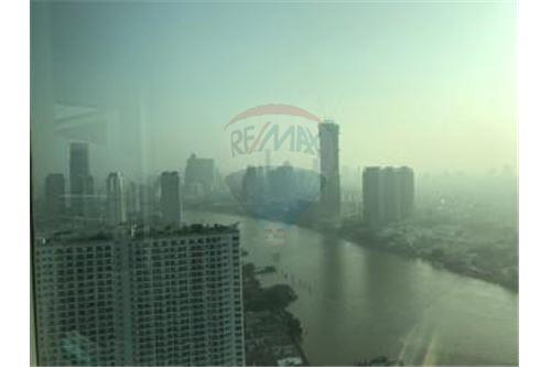 RE/MAX Executive Homes Agency's Nice 3 Bedroom for Rent Watermark Chaophraya 5