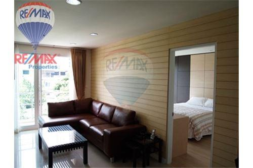 RE/MAX Properties Agency's FOR SALE & RENT Serene Place Sukhumvit 24 2BED 14