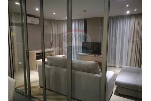 RE/MAX Executive Homes Agency's Nice 2 Bedroom for Rent Klass Silom 3