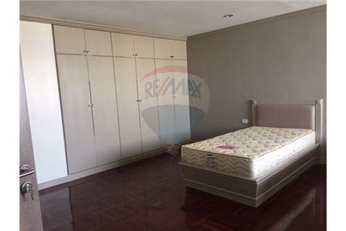 RE/MAX Properties Agency's FOR RENT  ORIENTAL TOWER   4BED 460SQM 14