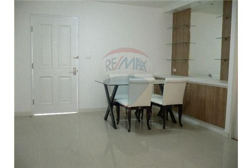 RE/MAX Executive Homes Agency's Spacious 1 Bedroom for Rent Condo One Thonglor 6