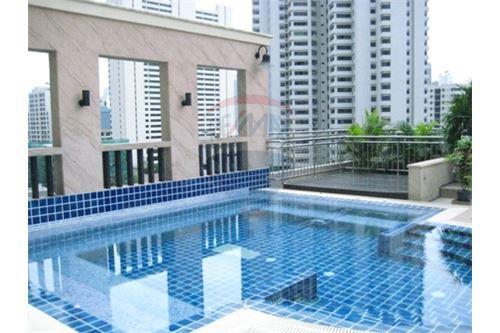 RE/MAX Properties Agency's RENT Sukhumvit City Resort, Sukhumvit 1BED 68SQM. 17
