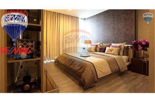RE/MAX Properties Agency's FOR SALE The Room Sukhumvit 69 2BED 80SQM. 4