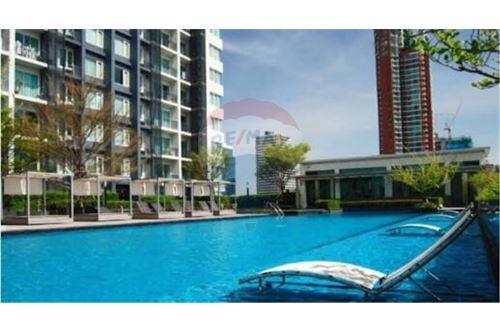RE/MAX Properties Agency's Siri at Sukhumvit 2bedrooms for rent 11