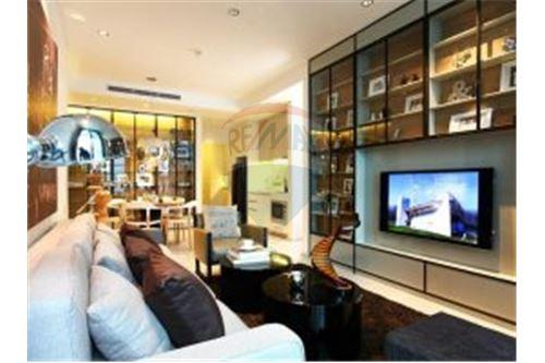 RE/MAX Properties Agency's Life @ Sathorn 10 - Condos for rent 1