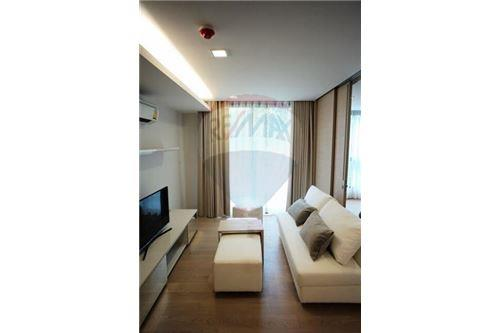 RE/MAX Properties Agency's 1 Bed for rent at Liv@49 9