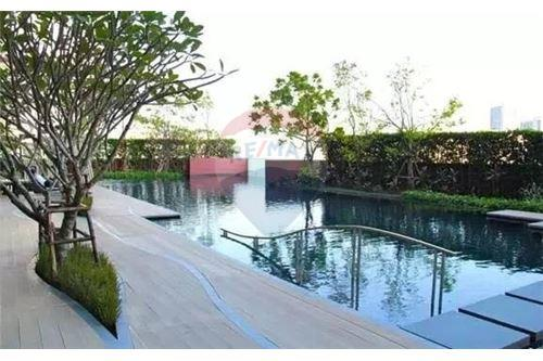 RE/MAX Properties Agency's Sale WYNE Sukhumvit 2BED 69SQM. 13