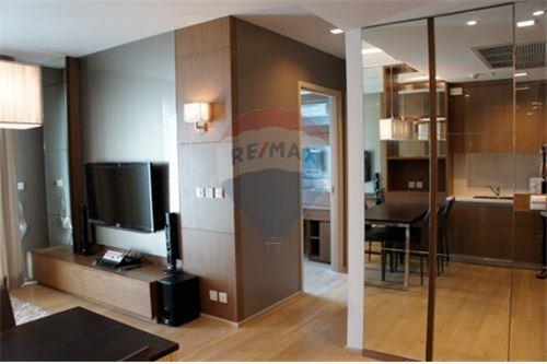 RE/MAX Executive Homes Agency's Lovely 2 Bedroom for Rent Siri @ Sukhumvit 5
