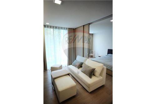 RE/MAX Properties Agency's 1 Bed for rent at Liv@49 2