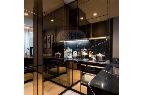 RE/MAX Properties Agency's Sale 1bed high floor Ashton Asoke 6