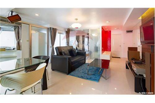 RE/MAX Executive Homes Agency's Beautiful 2 Bedroom for Sale Prime Suites 2