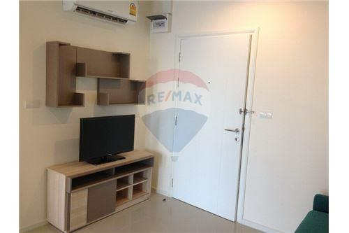 RE/MAX Executive Homes Agency's Nice 1 Bedroom for Sale at Aspire Sukhumvit 48 1