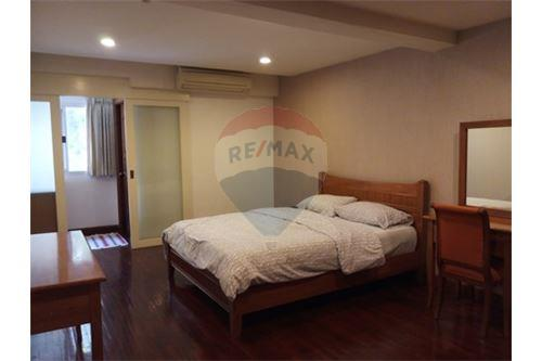 RE/MAX Executive Homes Agency's Nice 3 Bedroom for Rent Nagara Mansion 3