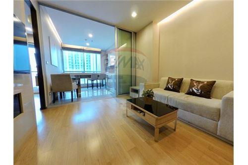 RE/MAX Executive Homes Agency's Beautiful 1 Bedroom for Rent Address Asoke 2