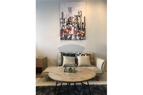 RE/MAX Properties Agency's SALE Rhythm Sukhumvit 36-38 1BED 33SQM. 8