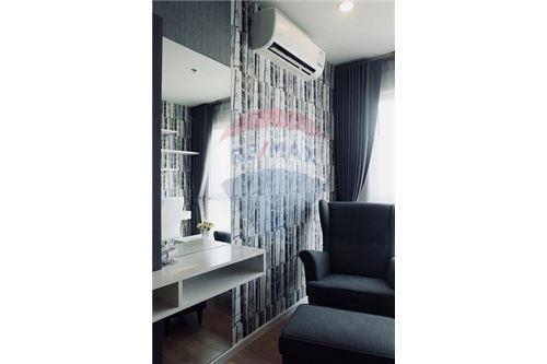 RE/MAX Executive Homes Agency's 15 Sukhumvit Residences sale/rent (BTS Nana) 2
