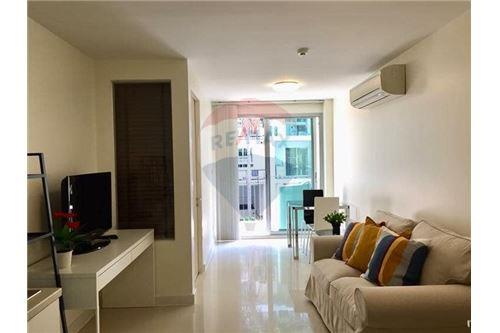 RE/MAX Properties Agency's RENT The Clover  Soi Thonglor 18 1BED 40SQM. 1