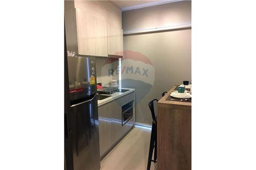 RE/MAX Executive Homes Agency's Life Sukhumvit 48 for sale/rent 4