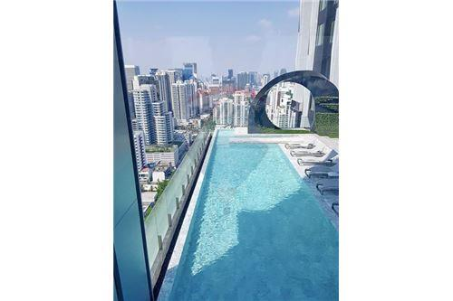 RE/MAX Properties Agency's FOR SALE  EDGE Sukhumvit 23  1BED 31.5SQM 7