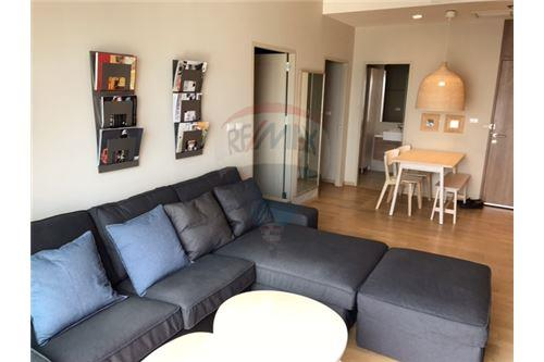 RE/MAX Properties Agency's 2 Bedroom for Rent at Noble Reveal 54,000 Baht 2