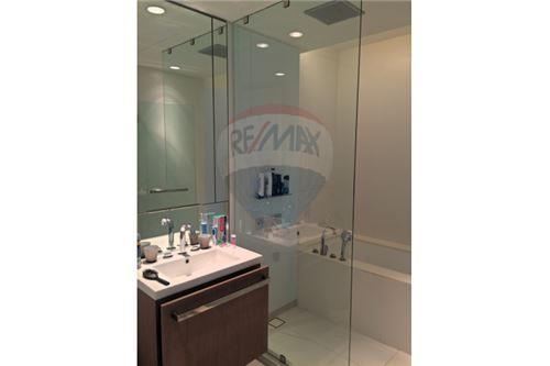 RE/MAX Properties Agency's 185 Rajadamri beautiful 1Bedroom unit 4