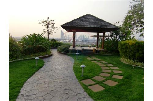 RE/MAX Properties Agency's FOR SALE  THE STAR ESTATE @ RAMA 3  2 BED 108SQM 13