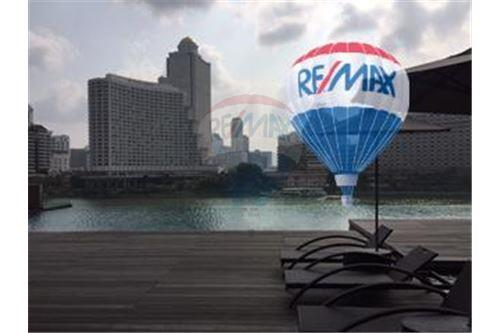 RE/MAX Properties Agency's FOR SALE  THE RIVER    2 BED 78SQM 26