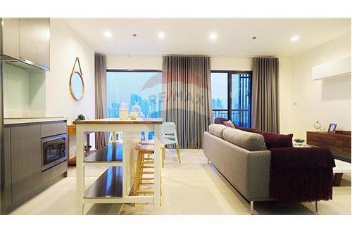 RE/MAX Properties Agency's Rhythm Sukhumvit 36-38 2 BED 88 Sqm. 11