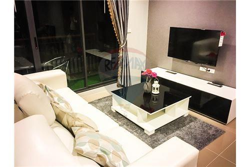 RE/MAX Executive Homes Agency's One Bedroom For Sale At Mirage Sukhumvit 27 1