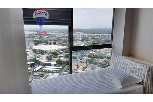 RE/MAX Properties Agency's FOR RENT  THE LUMPINI 24  2BED   65SQM 10