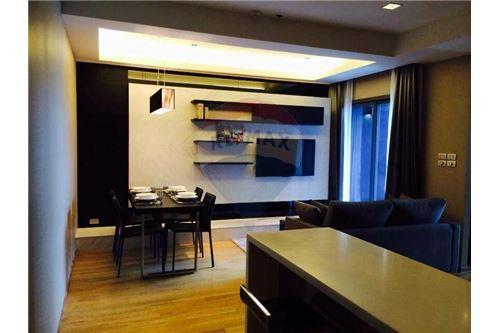 RE/MAX Executive Homes Agency's Spacious 1 Bedroom for Rent Hyde 13 6