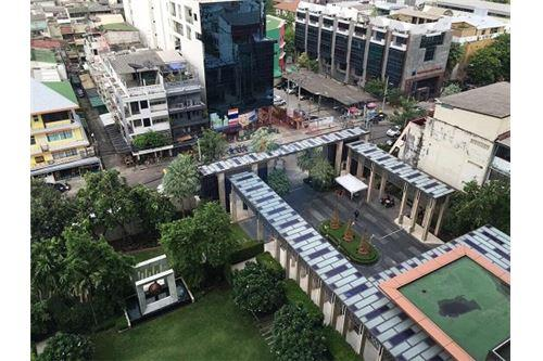RE/MAX Executive Homes Agency's The Address Sathorn sale/rent 13