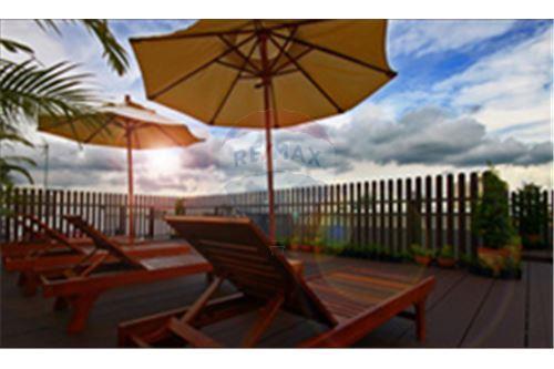 RE/MAX Properties Agency's RENT Click Condo Sukhumvit 65 1BED 35SQM. 7
