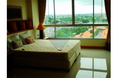 RE/MAX Properties Agency's FOR SALE  THE STAR ESTATE @ RAMA 3  2 BED 108SQM 6