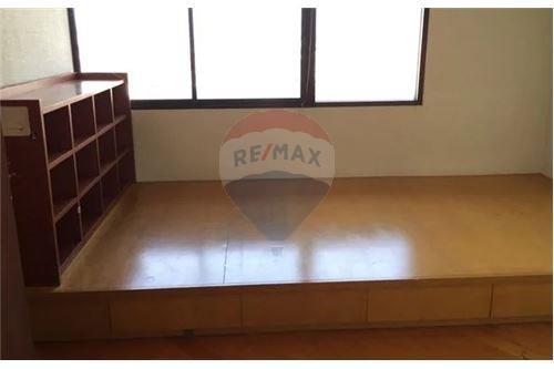 RE/MAX Executive Homes Agency's Spacious 2 Bedroom for Sale Salinatara Condo 3