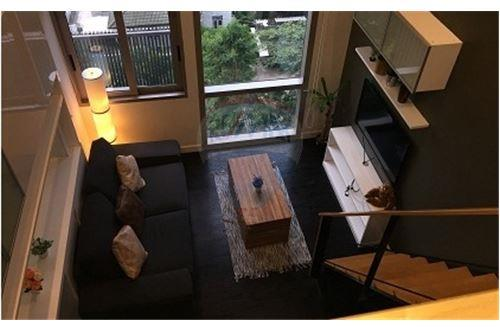 RE/MAX Executive Homes Agency's Lovely 1 Bedroom Duplex for Rent Ideo Morph 2